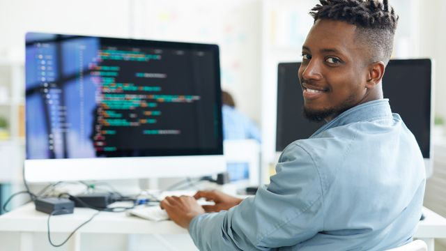 6 skills to become a software engineer featured image
