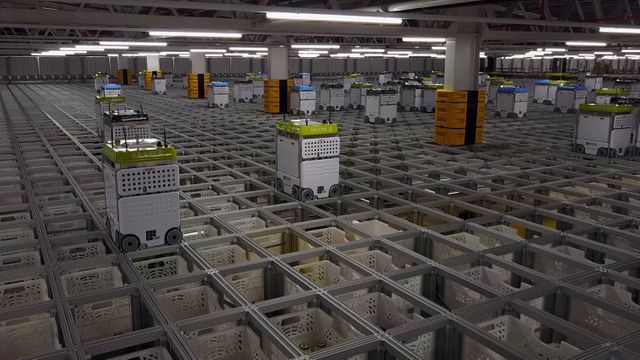 The Impact of Innovation in Warehouse Robotics featured image
