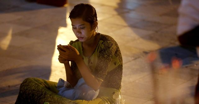 App Traps: How Cheap Smartphones Siphon User Data in Developing Countries featured image
