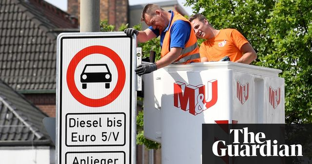 Hamburg becomes first German city to ban older diesel cars featured image