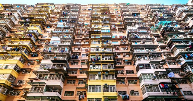 Why is Hong Kong housing so expensive? featured image