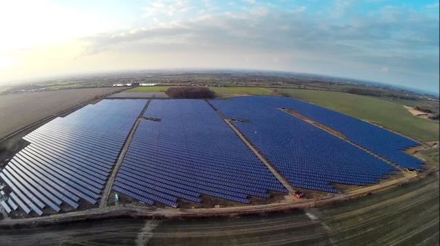 UK solar developers claim connection rush as RO subsidy scheme slams shut featured image