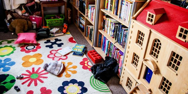 Selling your family home? How to declutter a child's bedroom featured image