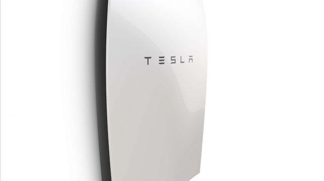 Tesla plant eigene Wechselrichter für SolarCity PV & Energiespeicher featured image