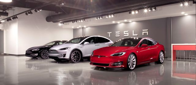 Tesla already bundles insurance with cars featured image