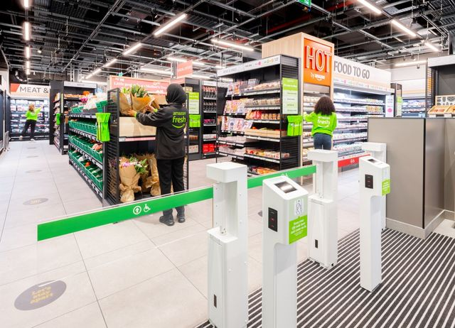 Has Amazon's latest foray into grocery cracked the store of the future? featured image
