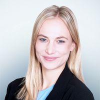 Laura Adriana Grinschgl, Associate, Freshfields Bruckhaus Deringer