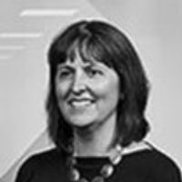 Lisa Bricknell, Professional Support Lawyer, Shoosmiths