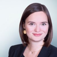 Anna Binder, Freshfields Bruckhaus Deringer
