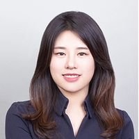 Yoonji Lee, Trainee solicitor, Freshfields Bruckhaus Deringer