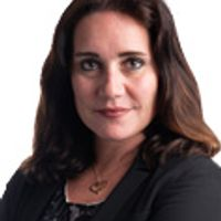 Manuela Caccialanza, Managing Associate, Linklaters
