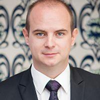 Vladislav Antonov, Senior Associate, DGKV