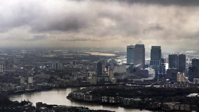 Rivals line up for bid to seize London's crown featured image