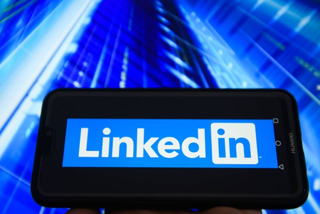 Job Applicants With a 'Comprehensive' LinkedIn Profile 71% More Likely to Get Interviews, Study Says featured image