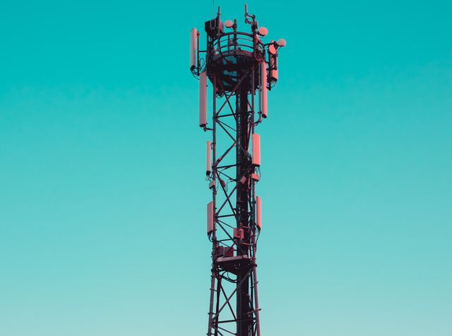 UK's Latest Spectrum Auction Nets at Least £1.36bn for Treasury - But Its Still a Bargain! featured image