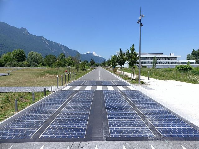 DfT funding innovative solar rail, roads and footways trials featured image