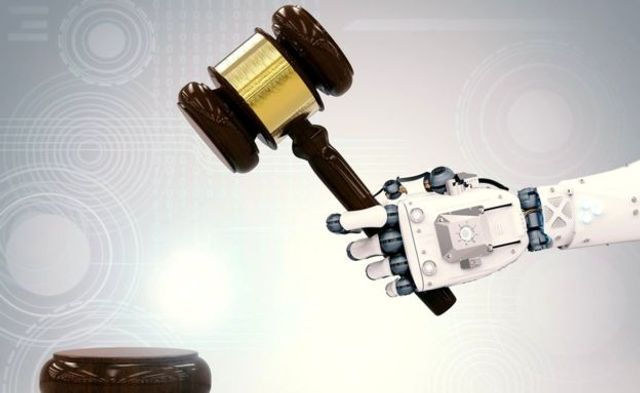 I, Lawyer: are online courts and robot judges the future? featured image