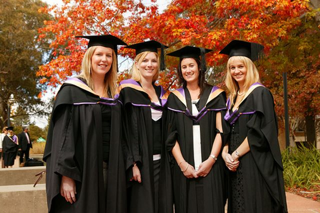 Female Graduates More Likely to be Offered a Grad Scheme Position featured image