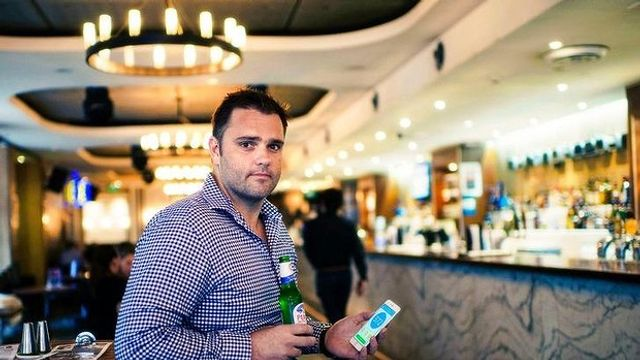 Smartphone app deal helps Woolworths' ALH pubs move towards cashless system featured image