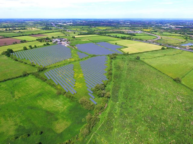 UK's first green ISA attracts almost £700,000 in opening days for latest council solar farm featured image
