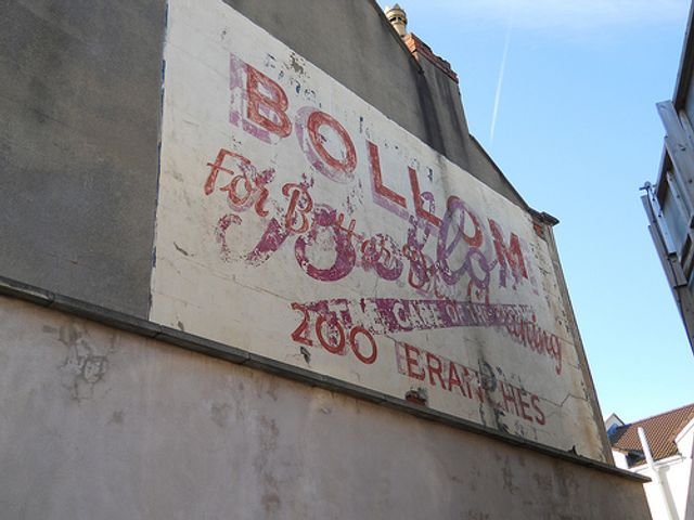 "Artist resurrects ""Ghost Signs"" from our advertising past. featured image"