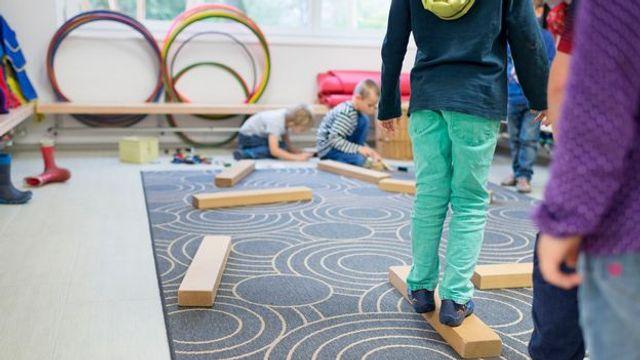 [Suisse] Une crèche genevoise adapte ses horaires aux besoins des parents featured image