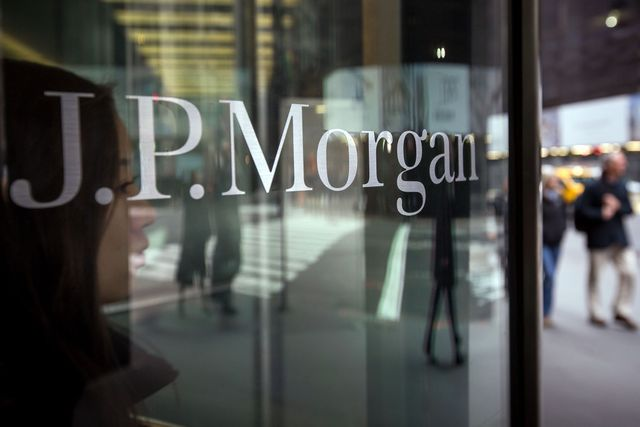 BlackRock's move to JP Morgan shows cost-cut strategy featured image