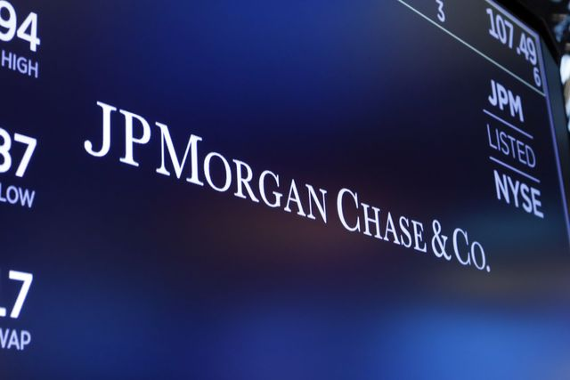 JPMorgan Q3 earnings beat expectations, stock jumps featured image