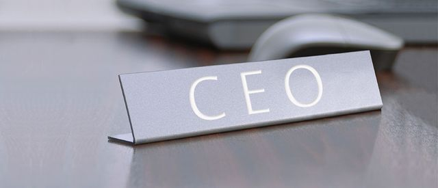 Why CEOs Should Friend Their Employees on Social Media featured image
