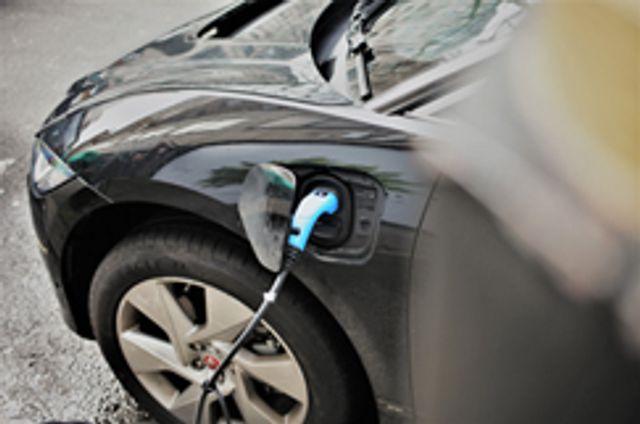 EV market needs demand stimulus featured image