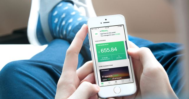Oval combines tracking, saving and investing into one app, driven by AI… and you featured image