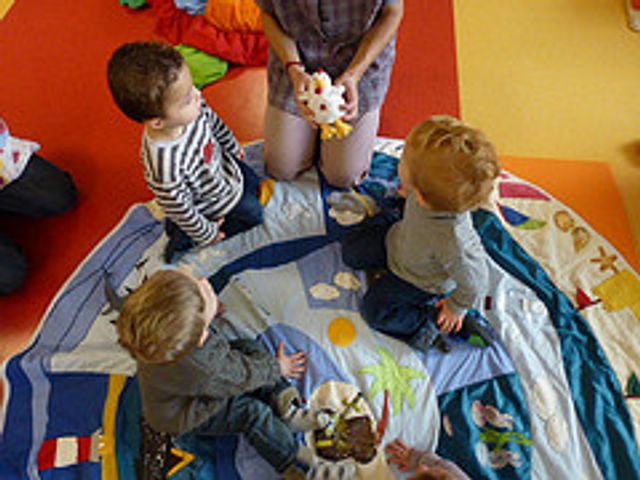 Accueil du jeune enfant en 2014 : le bilan alarmant du Haut Conseil de la famille featured image