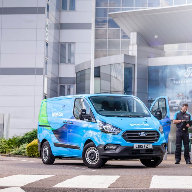 UK's biggest fleets call for 100% EV sales by 2030 featured image