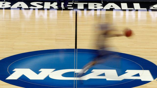 Senators express frustration over delay by NCAA in voting on name, image, likeness legislation featured image