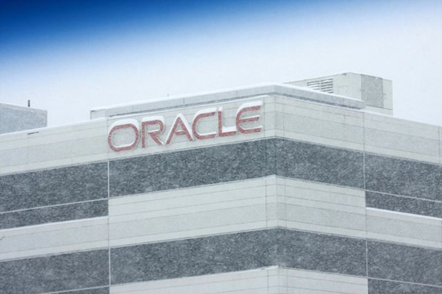 Record number of oracle patches featured image