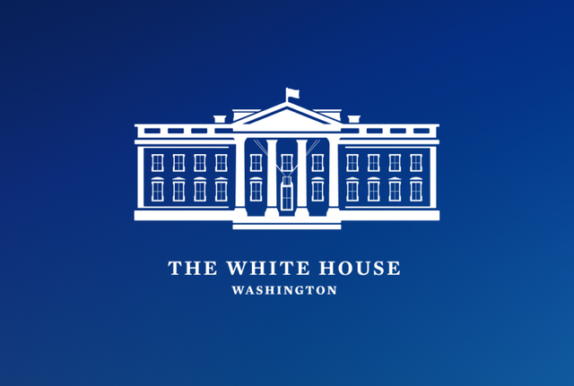 President Signs Executive Order on Cybersecurity featured image