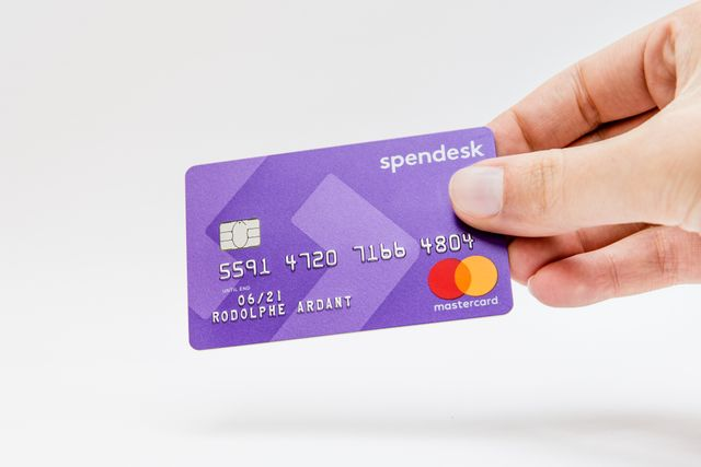 Spendesk raises $9.9 million to build your next corporate card featured image
