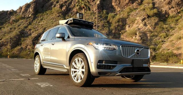 Insurers Race to Develop Coverage for Driverless Cars featured image