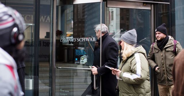 Charles Schwab, Fidelity Escalate Brokerage Price War featured image