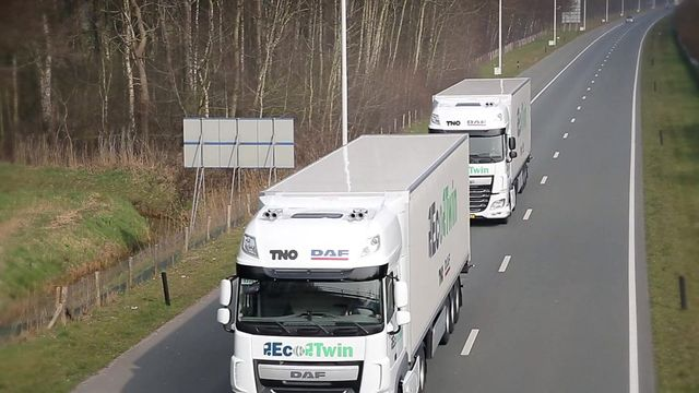 Lorry platoons to a motorway near you? featured image