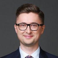 Piotr Czulak, Associate, DLA Piper