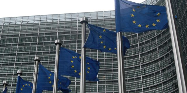 EU officially ends MIP for Chinese solar imports featured image