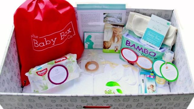 First UK hospital gives baby boxes to parents featured image