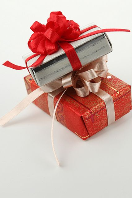 Gifting in the Festive Season - a tax guide featured image