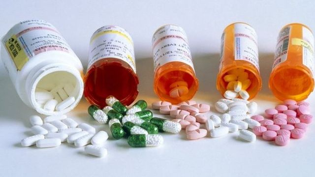Buying medications online 'can put health at risk' featured image