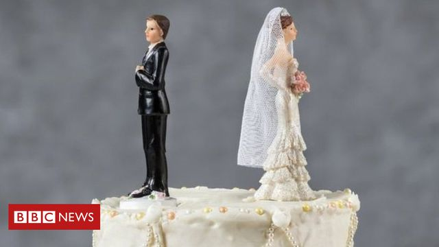 Christmas Day divorce: 13 people completed online applications featured image
