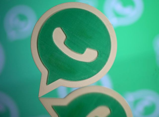Facebook's WhatsApp hires senior exec from London remittances startup: sources featured image