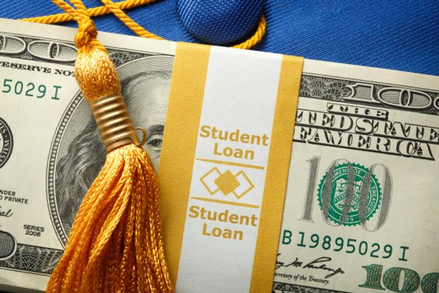 Summer wants to vanquish student loans featured image