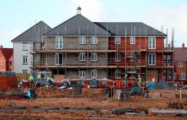 Construction costs to increase 8% in 2017 featured image