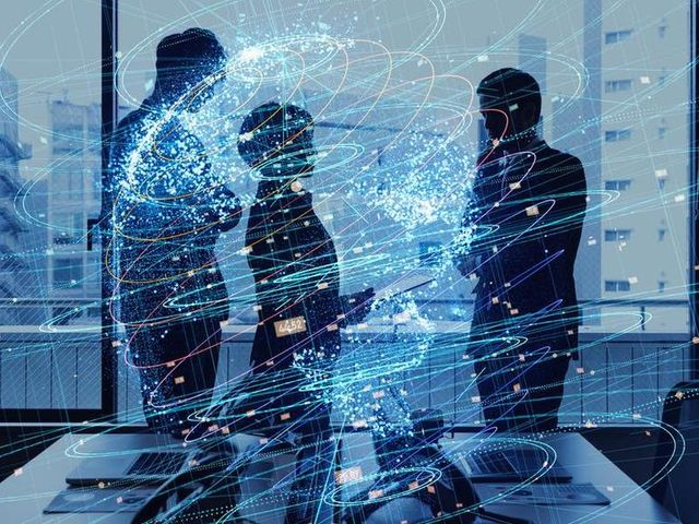 7 Questions the C-suite must Answer to Achieve Digital Transformation featured image